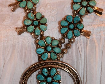 Stunning Old Vintage Navajo Zuni sleeping Beauty Turquoise Flower Cluster Squash Blossom Sterling Necklace 197 Grams