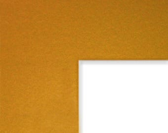 8x10 Inch Mat, 4x5 Inch Single Opening Image, Classic Gold with Cream Core (B57708100405)