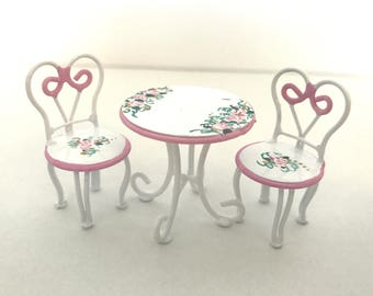 1:24 Half Inch Pink White Patio Set ICE CREAM PARLOR Table & 2 Chairs Dollhouse Miniature Hand-Painted Furniture Cottage Chic
