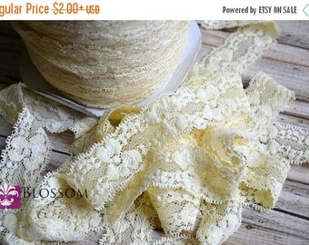 ON SALE 2, 5, and 10 Yards CREAM Stretch Lace 1 Inch Wide - Baby Headband Stretch Lace - Lingerie - Elastic Lace - Garter Lace - Wholesale B
