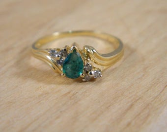 Emerald Gold Ring, Vintage Emerald Diamond 14k Yellow Gold Ring, Genuine Pear Cut Emerald Diamond Engagement Ring Sz 8, Vintage Gold Ring