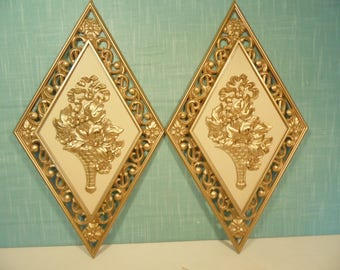 Vintage Regency Gold Wall Plaques - Set Of 2 - Dart Ind - Plastic - - 4271
