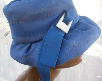 Blue Vintage Hat ~ Charming and Chic Vintage ~ Lovely Design for Wear to Decor ~ Theater/Movie/Photo Prop ~ Wedding