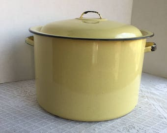 Yellow Enamelware Stock Pot with Lid / Vintage Enamel Soup Pot with Black Edge