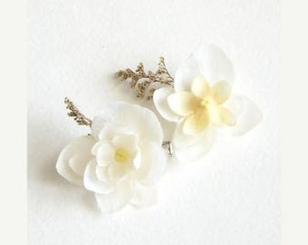 SUMMER SALE Cream Off White Flower Hair Clips Beautiful Antique White Flower Hair Clips for Formal Bridal Party Wedding Set Of Two for Adult