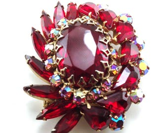 Red Rhinestone Brooch Big Beautiful Piece Crown Set Mounts Dynamic Dimensional Design Rich Deep Red Color