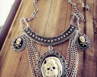 Game of Thrones Khaleesi mother of dragons ♰Targaryen♰ cameo triptych silver bib necklace