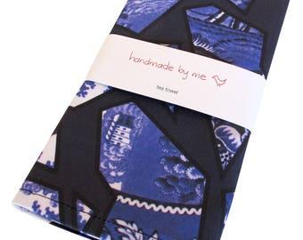 Blue Willow Pattern Tea/Dish towel