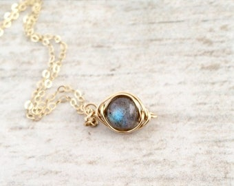 Labradorite Necklace, Tiny Labradorite Necklace, Labradorite Jewelry, 14k Gold Filled Labradorite Necklace