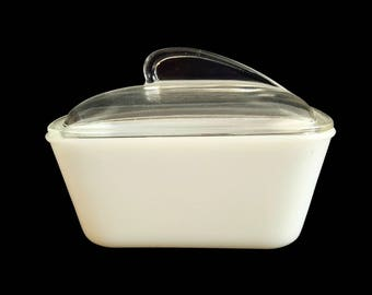 Vintage Glasbake Loaf Pan / Clear Glass Lid / Milk Glass Loaf Pan / Angular Handle /  Fin Lid