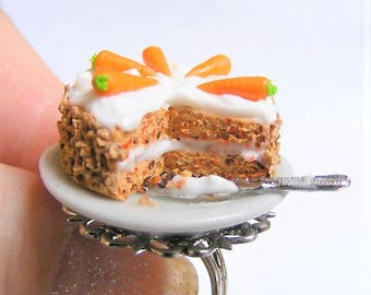 Food Jewelry, Carrot Cake Ring, Carrot and Walnut Cake Ring, Miniature Food Jewelry, Mini Food Jewelry, Miniature Cake Ring, ,Kawaii Jewelry