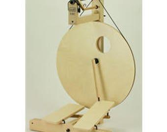 Louet S10 DT(double treadle) Treadle Concept Spinning Wheel - Birch