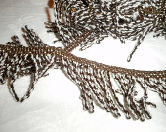 Fringe/white and Brown wool BRAID