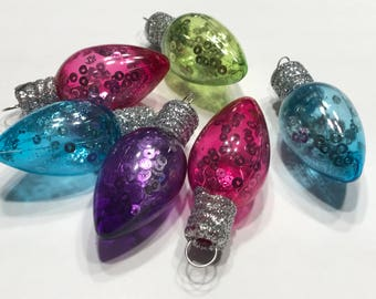 6 plastic with glitter small lightbulb ornaments, about 2 inch (LR14)