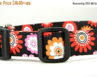 ON SALE READY to Ship- Black, Red, Orange Flower Dog Collar: Speckle Blooms