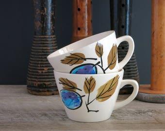 Vera Forbidden Fruit Cups Mugs - Pair of Vera Neumann Forbidden Fruit Teacups Tea Cups - Vera Island Worcester - Blue Plums Green Leaves