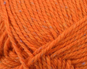Hikoo Kenzie Tweed Yarn - Kumara Orange