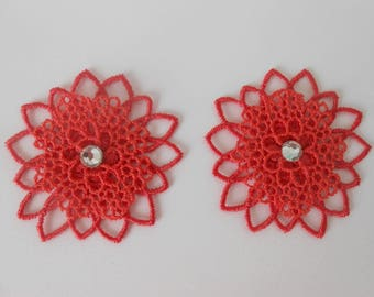 2 flowers in coral lace with a rhinestone Crystal Swarovski of 5.2 cm