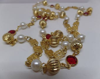 Fabulous Vintage Bezel Set Red Crystal and Pearl Sautoir Necklace