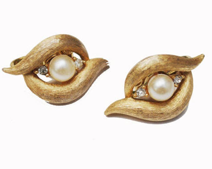 Crown Trifari Earrings - gold tone - White Pearl - rhinestone -Clip on earring