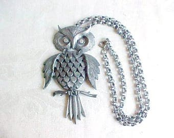 Vintage Articulated Owl Necklace - Silvertone or Pewter Metal Bird Pendant - 3-Sections Jiggle as you walk - Customizable Eyes