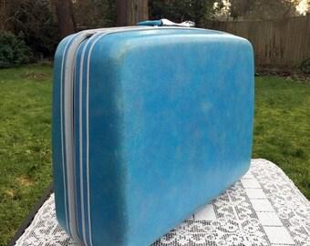 Save 15% OFF Blue Samsonite Case/Samsonite Silhouette/Sky Blue Suitcase/80's Samsonite Case/Hard Sided Suitase/Wedding Suitcase/Photo Prop/S