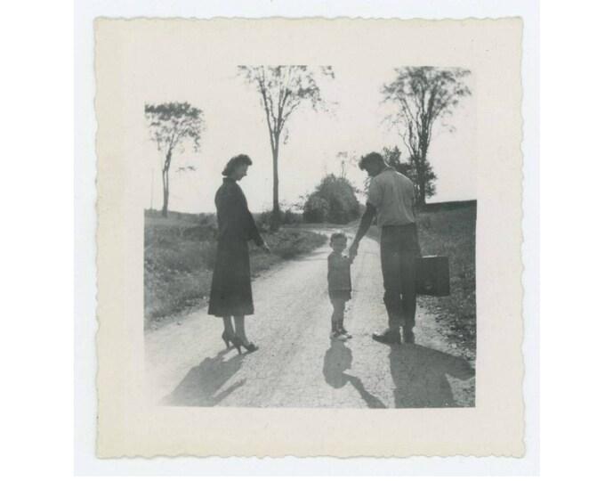 Vintage Photo Snapshot: Leaving, 1940s (76587)