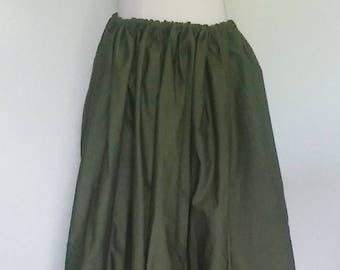 Classic Skirt in Olive Green Cotton