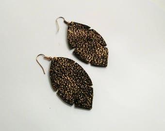 Earrings leather chocolate and gold glitter