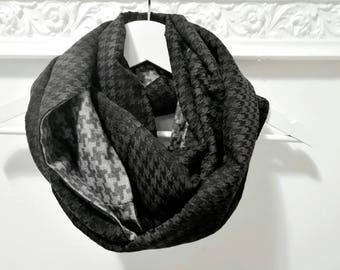 BLACK INFINITY SCARF, black chunky scarf, grey tweed scarf, black gray cowl scarf, houndstooth circle scarf, men scarf, gift idea for him