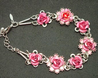"""Avon-Siver tone Steel Rose Bud and RS 7"""" Bracelet T-45"""