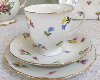 Roslyn China Tulip Tea Trio A