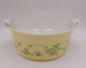 Vintage Pyrex Shenandoah #475 Casserole Dish with Pyrex Clear Glass Lid - 2.5 Liter - Pyrex Baking Dish w/ Green Flowers & Leaves on Yellow