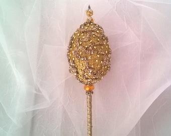 Elegant Golden Egg Wand