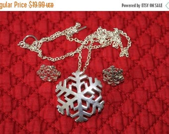 ON SALE Best Silver Snowflake Brooch and Earrings, Snowflakes, Teacher gift, Christmas gift, Secret Santa gift, Birthday gift,  Holiday gift