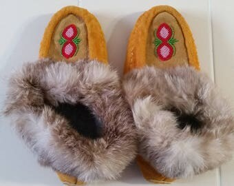 FREE U.S. SHIPPING--Gorgeous Handmade Moccasins