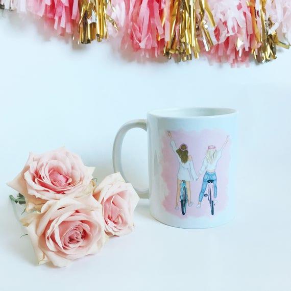 Best friends mug, best friends, besties mug, coffee lover, Fashion mug, girly mug, Fashion illustration, Fashion sketch, gifts for her