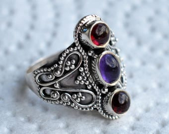 Garnet and Amethyst Sterling Silver Ring Size 9