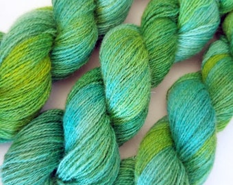 100g 380yds Emerald Teeswater tonals (rare breed British wool). Pure Teeswater lambswool woollen spun + hand dyed in Yorkshire. High lustre