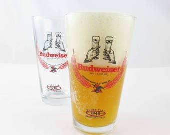 Two 'Retro Pint 1948 Collector's Series' Beer Glasses From Budweiser - Great Graphics in Red and Black - Pint Beer Glasses