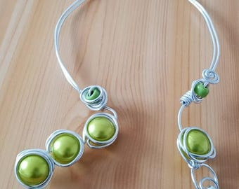 Magic beads and Green Aluminum necklace