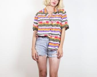 Vintage anni 80 camicia arcobaleno zebrato Batik floreale Boho camicia con colletto Button Down camicetta camicia Camp 1980s drappeggiato Boyfriend Shirt New Wave M L