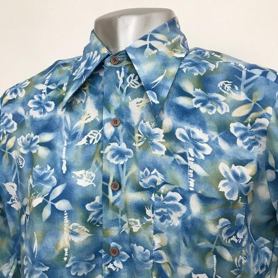"Vintage hawaiian shirt 1970s polyester hawaii print mens shirt long sleeves disco party vacation dagger 15"" collar shiny 70s jazzy surf wave"