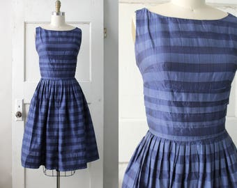 Vintage 1950s Navy Striped Dress / 50s Tiered Party Dress / 50s Pleated Dress