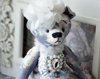 Kyra - Fabric toy / Shabby chic / Bear Vintage / Gift / Interior decor