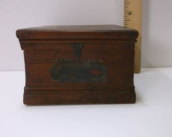 Wooden box, Hinged Lid Box,  old antique Dresser Box  .epsteam