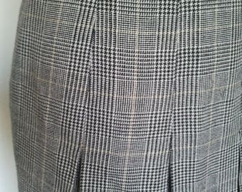 ON SALE Pencil vintage pleated skirt wool wales 1970 1980 preppy secretary zooey S 10 12