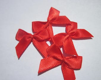 4 nodes in satin 20 to 21 mm approx - stitched fabric - (A283)