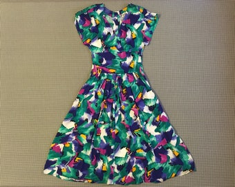1990's, rayon dress, in bold and colorful, abstract, print, Women's size Large