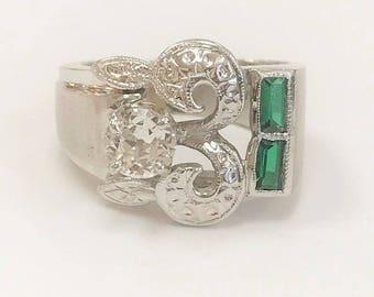 Vintage Ring With 0.34 Ct. Diamond & Emerald Baguettes - 14 karat white gold